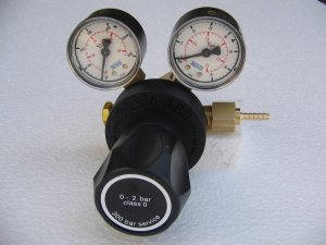 LEEC PRV2 Two Stage Co2 Cylinder Pressure Reducing Valve with Gauges
