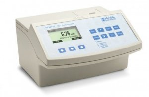 Hanna Instruments HI-88713-02 High Accuracy Bench Top Turbidity Meter,  Complete with cuvettes