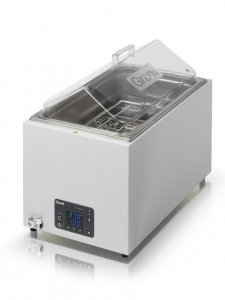 Grant Instruments OLS26 Aqua Pro 26 Litre Combined Orbital and Linear Shaking Water Bath,  0* to 99°C, includes Clear Lid and TU26 Universal Tray