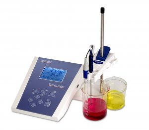 Jenway 3520 Advanced Bench pH Meter, pH range - 2.000 to + 20.000, supplied with glass combination pH electrode (924 005), electrode stand and holder, ATC probe (027 500), BNC shorting plug, pH 4, 7 and 10 buffer sachets and UK power supply